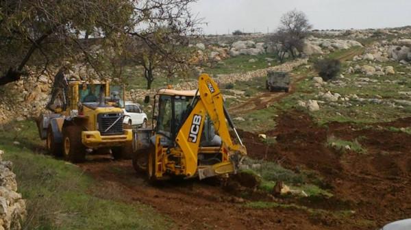 الاحتلال يجرف 50 دونماً شرق سلفيت لتوسعة مستوطنة