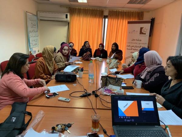منتدى المنظمات الأهلية يعقد ورشة عمل حول أي قانون حماية أسرة نريد