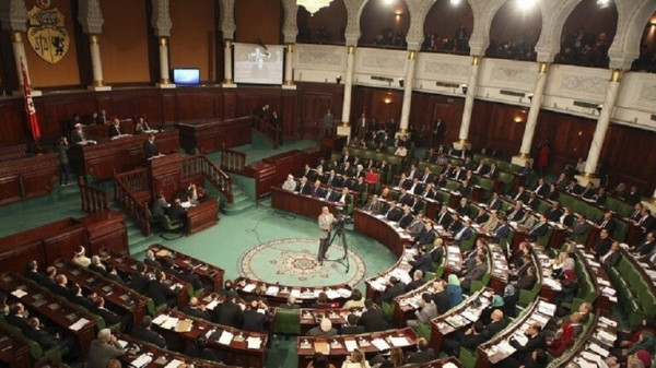 قيس سعيد: حل البرلمان وإعلان انتخابات مبكرة عند عدم منح الثقة للحكومة