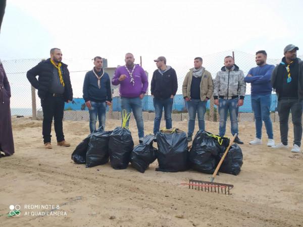 حملة بيئية لحماية المسطحات المائية على شاطئ بحرغزة