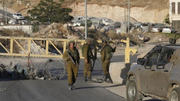 شاهد: قوات الاحتلال تقتحم قرية دير نظام شمال غرب رام الله