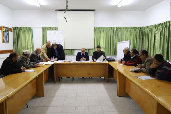 العمل الزراعي يعقد لقاء مع المرشحين للاستفادة من منح الاستثمار الزراعي