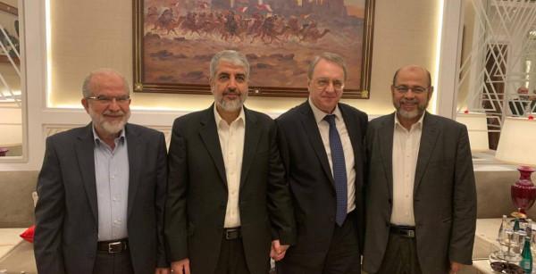 بمشاركة مشعل.. وفد من حماس يلتقي نائب وزير الخارجية الروسي في الدوحة