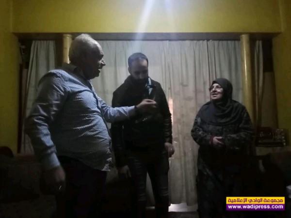 رئيس جمعية صور الإنسان غسان قرعوني يحمل العمل الطيب من صور لطرابلس