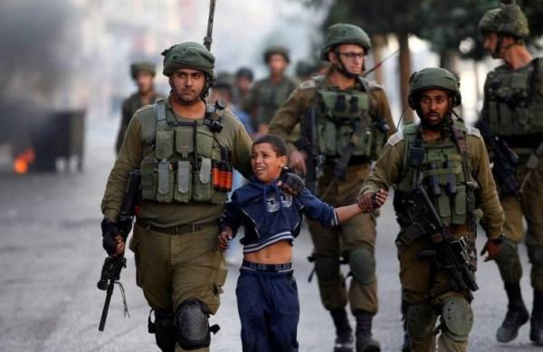 الاحتلال يعتقل طفلين شقيقين من بيت جالا