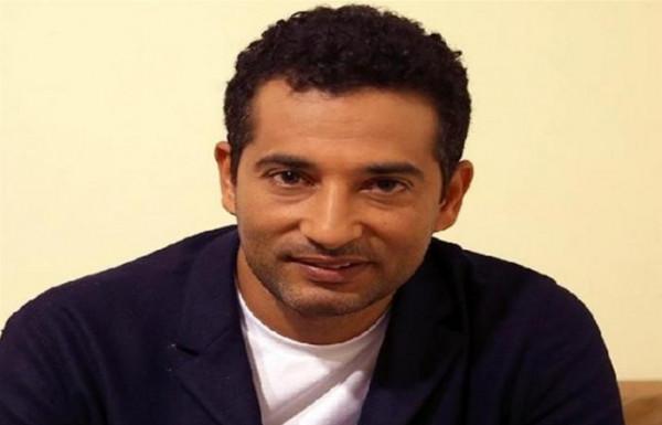 """رسالة من عمرو سعد لابنه بمناسبة فيلم """"صندوق الدنيا"""""""