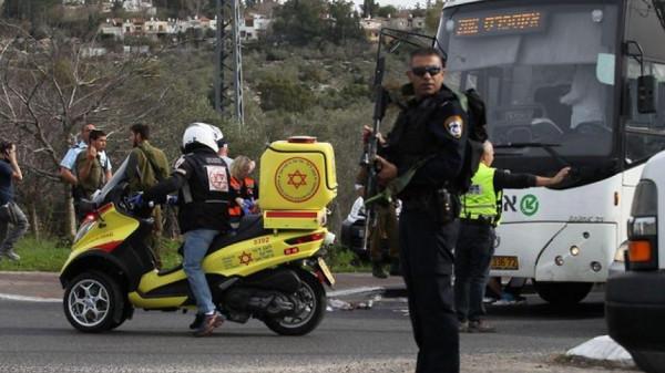 صور: الاحتلال يعتقل فلسطينية بالقدس بزعم محاولتها تنفيذ عملية طعن