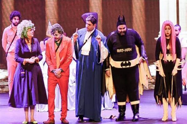 أكرم حسني وشيكو وهشام ماجد يفجرون موجات الكوميديا بجدة