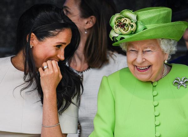 ميغان ماركل تتحدى الملكة: لا أحد يستطيع منعي من استخدام هذا اللقب