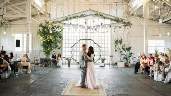 هكذا تختارين قاعة الزفاف