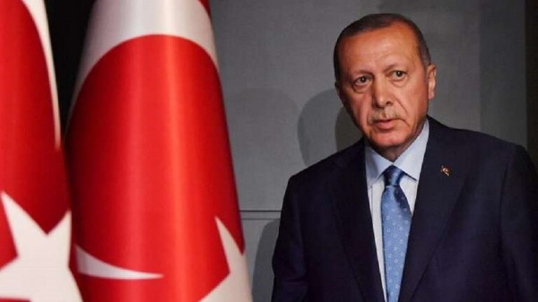 شاهد: داعية سعودي يشن هجوما حاداً على أردوغان ويتبرأ من ثنائه عليه