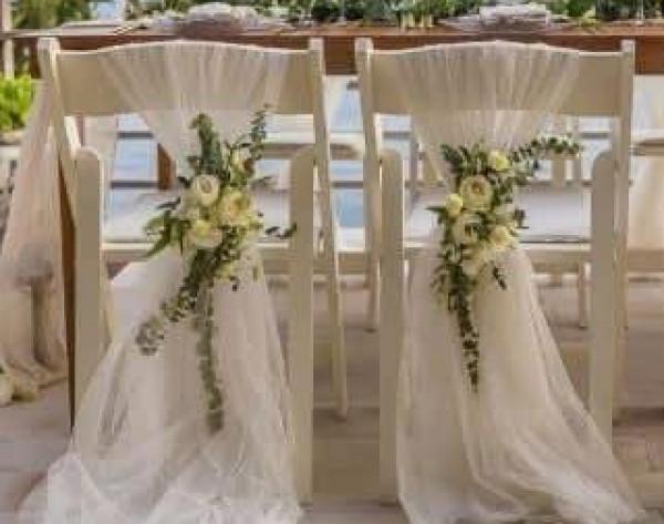 بأقل تكلفة.. أدوات بسيطة لتزيين قاعة زفافك بحيث يبدو أغلى وأشيك