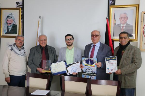 فلسطين تفوز بالمركز الأول عن فئة المخترع الأجنبي في تونس