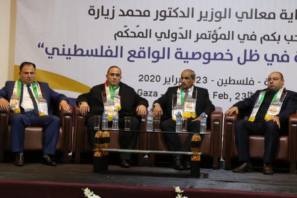 زيارة: الحكومة تعمل حالياً على إعداد ثلاثة عناقيد لغزة
