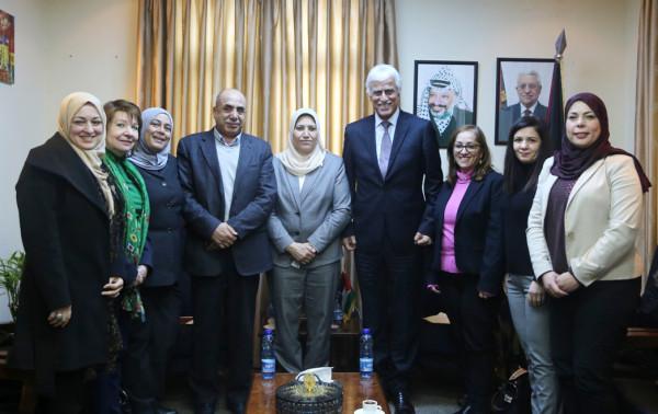 """وزيرا التربية والمرأة يؤكدان على محورية عمل """"لجنة النوع الاجتماعي"""" في التعليم"""