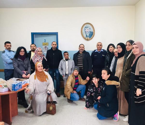 جامعة القدس المفتوحة ولجان العمل الصحي تنفذان نشاطاً لذوي الإعاقة ببيت ساحور