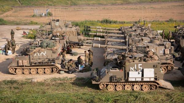 وزير إسرائيلي: اقتربنا من اتخاذ قرار بالشروع بعملية عسكرية واسعة في غزة