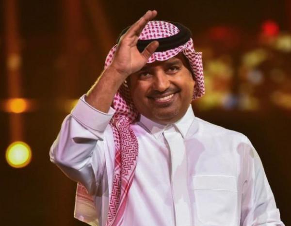 """رد مُفاجئ من راشد الماجد على معجبة قالت له """"أحبك"""" أمام زوجها"""