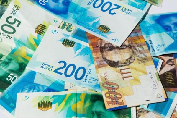 انخفاض طفيف على أسعار صرف العملات مقابل الشيكل