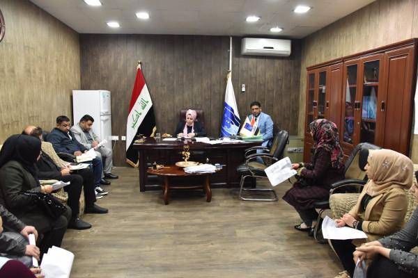 رئيس الادارة الانتخابابية بمفوضية الانتخابات تلتقي مجموعة موظفي العقود