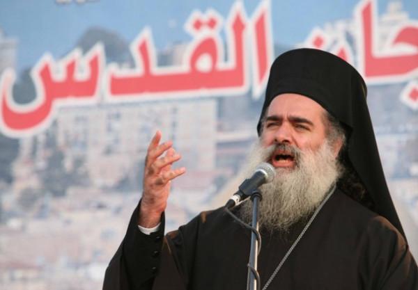 المطران حنا: فلسطين ليست للمقاولة أو للبيع أو المساومة