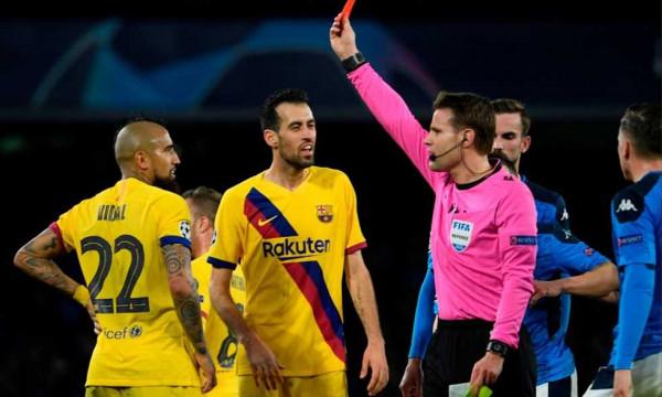 برشلونة يستضيف نابولي بـ 13 لاعبا في الإياب