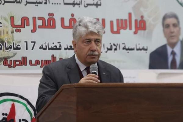 مجدلاني: القيادة الفلسطينية تبني موقفها على قرار الشعب في كافة المحافل الدولية