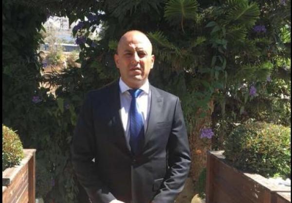 الاحتلال يُوقف المحامي كمال عبيدات لنشاطاته الوطنية ضد تهويد المدينة المقدسة