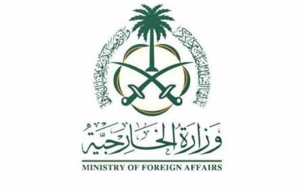 السعودية تُعلّق رحلات العُمرة وزيارة المسجد النبوي لمنع وصول (كورونا) إلى المملكة