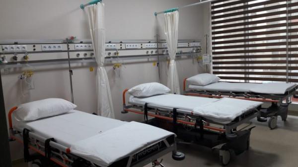 مريض يشعل النار في سريره داخل المستشفى لسبب غريب