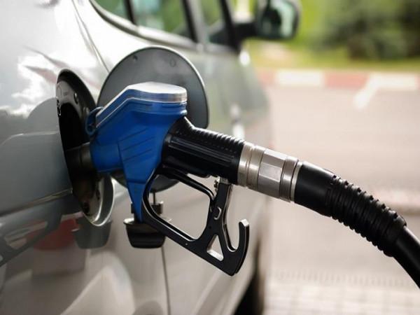احذر.. هذه العلامات تنذر بوجود ماء في وقود السيارة
