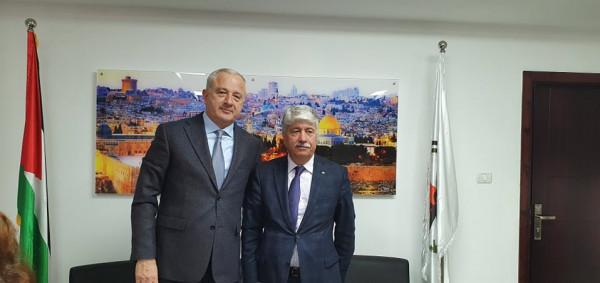 مجدلاني يبحث مع السفير الروسي آخر التطورات على الساحة الفلسطينية