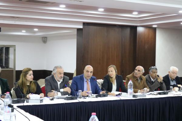 وزارة العمل تنظم ورشة عمل حول مناقشة إستراتيجية قطاع العمل