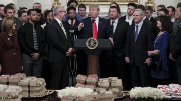 """طبيب ترامب السابق يكشف السر: هكذا خدعت الرئيس """"بطعامه"""""""