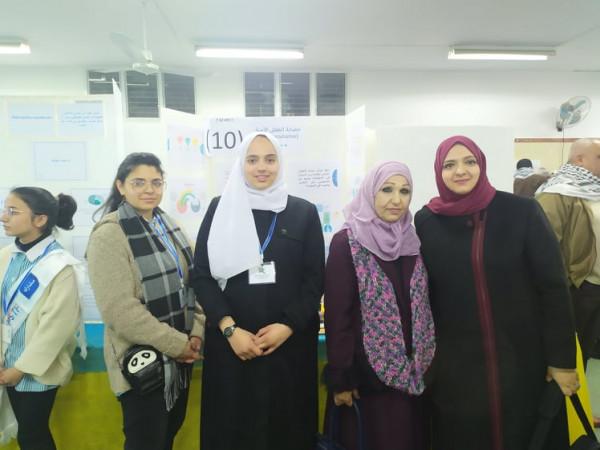 طالبات مدرسة بنات فاطمة سرور يبتكرن حاضنة الطفل الآمنة