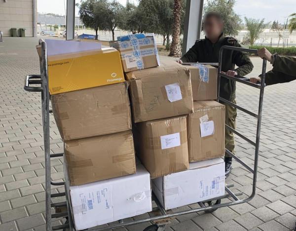 إدخال المئات من أطقم الفحص الطبي التشخيصي لفيروس (كورونا) لقطاع غزة