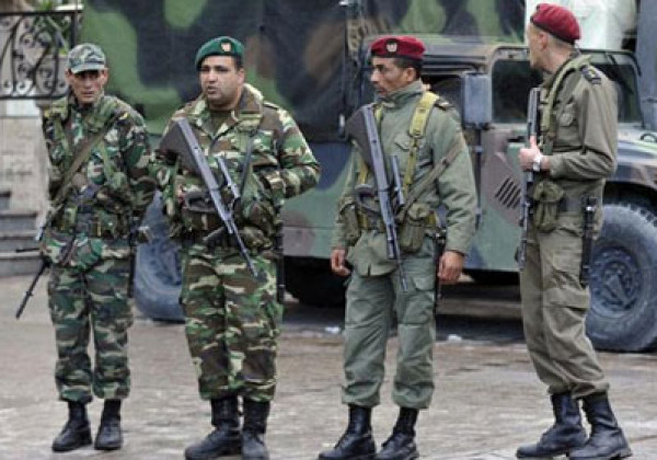 الرئيس التونسي يوجه أمراً للقوات المسلحة بشأن فرض الحجر الصحي في البلاد