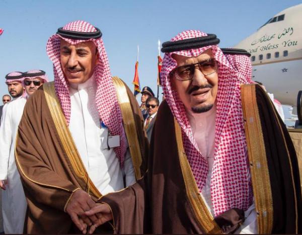 الملحق الثقافي السعودي بالقاهرة يتابع أحوال الطلبة بمصر