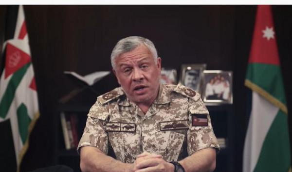 الملك عبد الله يظهر بالزي العسكري ويُوجّه رسالة أبوية للشعب الأردني