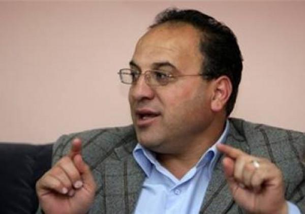 زكارنة: إسرائيل تنشر (كورونا) علناً والعالم صامت