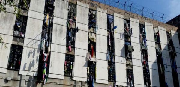 لتخفيف الاكتظاظ... القضاء اللبناني يقرر إطلاق موقوفين من السجون دون كفالات مالية