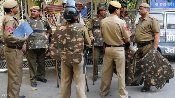 """""""كسر حظر التجول"""".. (كورونا) يتسبب في جريمة مروعة بالهند"""