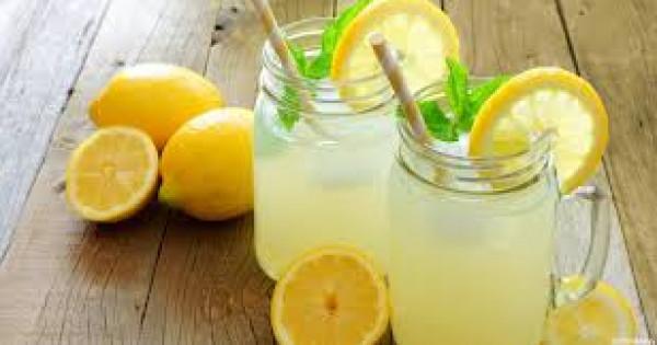 فوائد مذهلة لتناول عصير ليمون على الريق