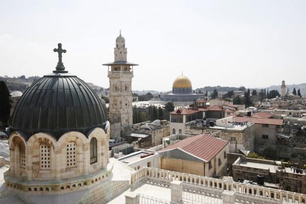 اللجنة الرئاسية لشؤون الكنائس: معركة الدفاع عن الأرض مستمرة حتى إنهاء الاحتلال