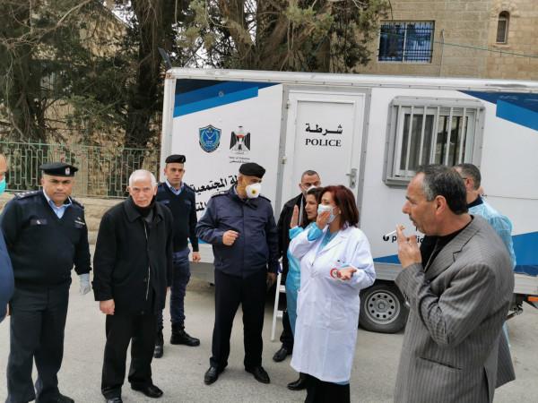 تخصيص مركز الشرطة المتنقل لفرز الحالات المرضية قبل إدخالها لمستشفى بيت جالا
