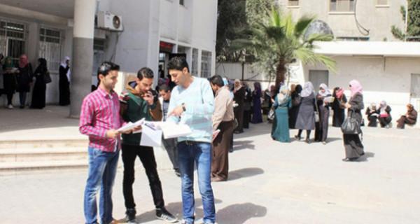 في ظل فيروس (كورونا).. ما مستقبل الامتحانات النصفية بجامعات قطاع غزة؟