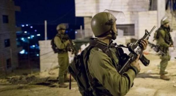 الاحتلال يعتقل 5 مواطنين بالضفة والقدس