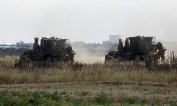 توغل 11 آلية إسرائيلية بشكل محدود شرقي بيت حانون