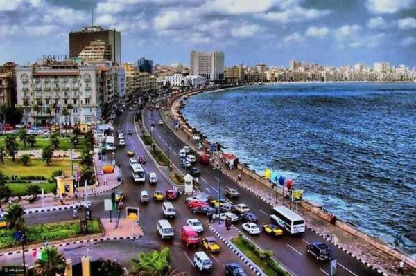 رائحة فوّاحة في سماء الإسكندرية تُحيّر المصريين