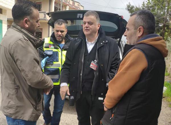 رئيس بلدية سلفيت يناقش التأمين الصحي المجاني للعمال الفلسطينيين
